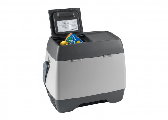 This ENGEL cooler consists of high-quality ABS material, has a capacity of 14 liters and has a fully-adjustable temperature range with control light. Designed for 12V operation.