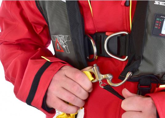 Elastische Lifeline mit Doppelstrang und zwei Karabinern für verbesserte Sicherheit an Bord. Konform mit allen ISAF-Anforderungen (Internation Sailing Federation). Mit Verbindungsstücken aus Aluminiumlegierung, elastischem Gurtband und Schnellöffnung aus Edelstahl. (Bild 7 von 9)