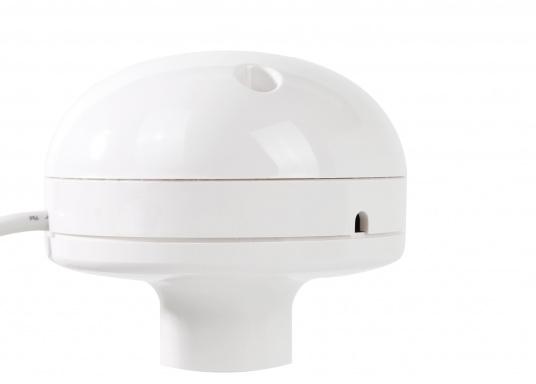 Aktiver 48Kanal GPS Empfänger für den Einsatz an Plottern, DSC-Funkgeräten und anderer Marine Elektronik. Stromversorgung über das 12 / 24 Volt Bordnetz. Kann mit dem offenen Kabel (RS-232) an viele NMEA0183-fähige Geräte angeschlossen werden.