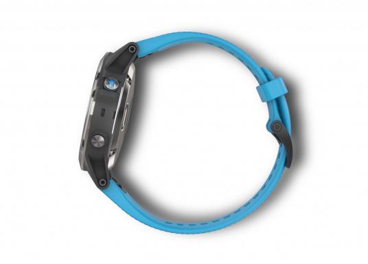 Die Smart-Watch die perfekt für den Wassersport geeignet ist. (Bild 4 von 6)