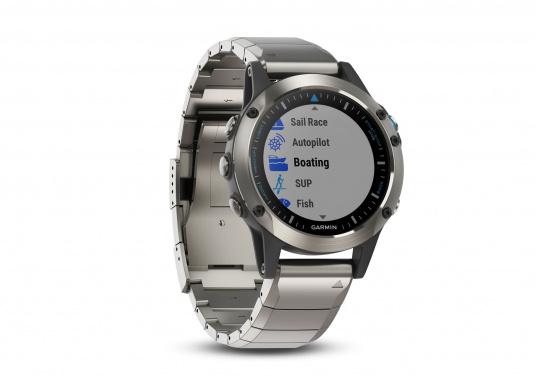 La Smartwatch Garmin QUATIX 5 Edition Saphir est conçue spécialement pour la navigation. (Image 3 de 6)