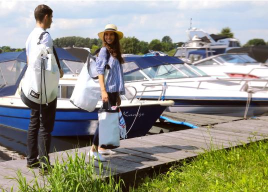 Stylischer Seesack, hergestellt aus originalem, robustem Segeltuch mit einer langlebigen Oberfläche aus Nylon 600D. Mit zwei Schulterriemen zum Umschnallen. Abmessungen:35 x 64 cm.Inhalt: 60 l. (Bild 5 von 8)