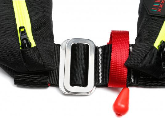 Ultraleichte und kompakte Automatikweste, speziell für Sportsegler und Motorbootfahrer in küstennahen Gebieten und im Hochseebereich. (Bild 6 von 17)