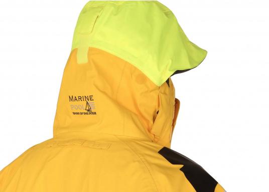 Die hochwertige Offshore-Segeljacke MANDURAH OCEAN besteht aus einem 3-Schicht-Gewebe mit XPU Membran. Material: Außen & Innen: 100 % Polyamid, Membrane: 100 % Polyurethan. (Bild 16 von 21)