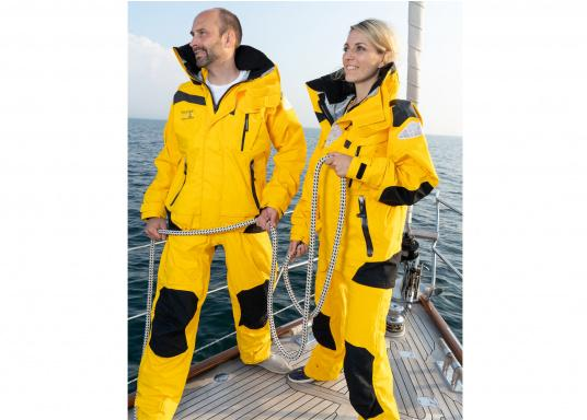 The high-quality offshore sailing MANDURAH OCEANjacketconsists of 3-layer fabric with an XPU membrane. Material: exterior & interior: 100% polyamide. Membrane: 100% polyurethane. (Afbeelding 6 of 22)