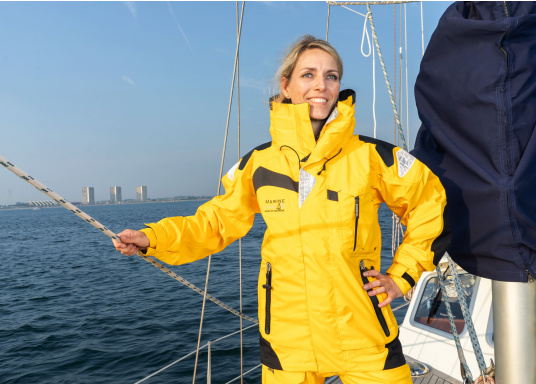 The high-quality offshore sailing MANDURAH OCEANjacketconsists of 3-layer fabric with an XPU membrane. Material: exterior & interior: 100% polyamide. Membrane: 100% polyurethane. (Afbeelding 8 of 22)