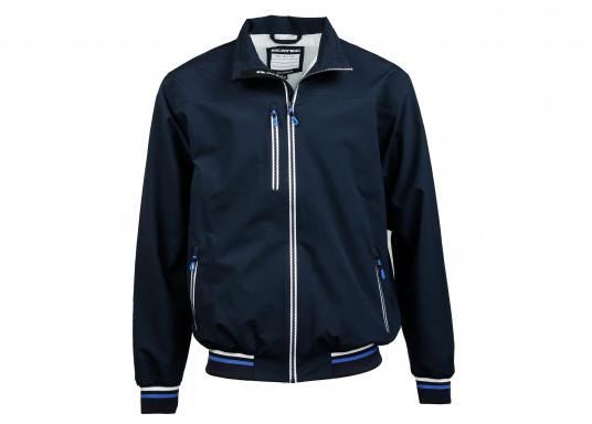 Der SEATEC Club Blouson Sport in klassischem Navy-Blau ist ein echter Hingucker für Sie und Ihn. Durch die farbig abgesetzten Streifen an Bündchen nd Reißverschlüssen wirkt der Blouson sportlich und maritim.