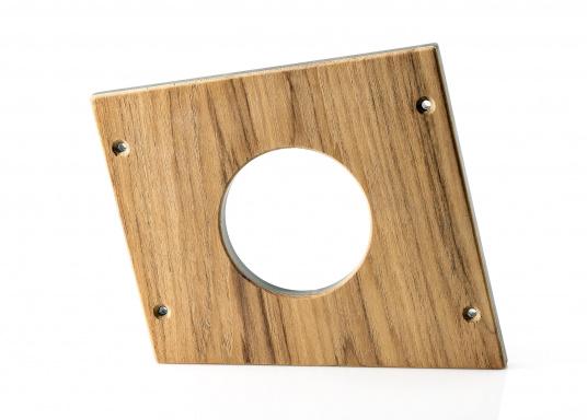 Für Ihre BAVARIA 40 Vision finden Sie hier einen passenden Flaschenhalter aus Holz. Der Aufnahmedurchmesser beträgt 85 mm.