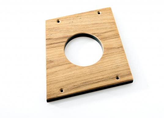 Für Ihre BAVARIA 40 Vision finden Sie hier einen passenden Flaschenhalter aus Holz. Der Aufnahmedurchmesser beträgt 85 mm. (Bild 2 von 2)
