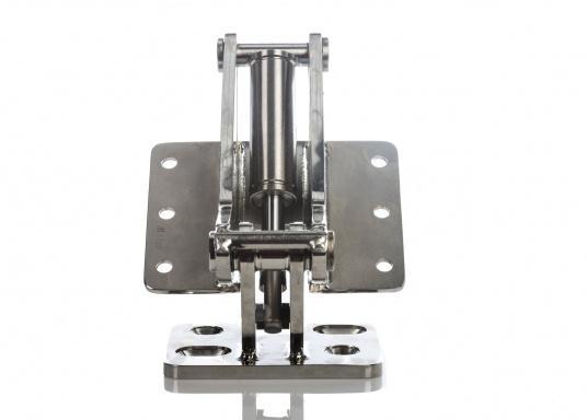 Originales Scharnier für die Badeplattform auf Ihrer BAVARIA Cruiser 46. Das Scharnier hat eine integrierte Gasdruckfeder mit einer Kraft von 2500 N. (Bild 2 von 5)