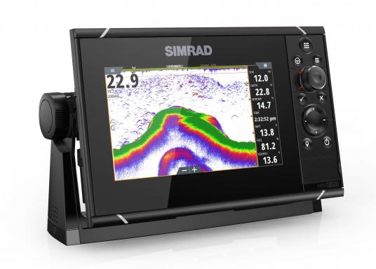 Navigieren, Kontrolle übernehmen und die enorme Funktionsvielfalt optimal ausnutzen – mit NSS evo3. Die SolarMAX™ HD-Anzeigetechnologie bietet ein außergewöhnlich klares Bild und extrem weite Sichtwinkel. Dank allwettertauglichem Touchscreen und erweitertem Tastenfeld behalten Sie unter allen Bedingungen die volle Kontrolle. Lieferung inklusive 4G Breitband Radar. (Bild 7 von 17)