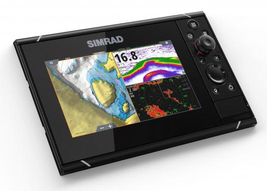 Navigieren, Kontrolle übernehmen und die enorme Funktionsvielfalt optimal ausnutzen – mit NSS evo3. Die SolarMAX™ HD-Anzeigetechnologie bietet ein außergewöhnlich klares Bild und extrem weite Sichtwinkel. Dank allwettertauglichem Touchscreen und erweitertem Tastenfeld behalten Sie unter allen Bedingungen die volle Kontrolle. Lieferung inklusive 4G Breitband Radar. (Bild 12 von 17)