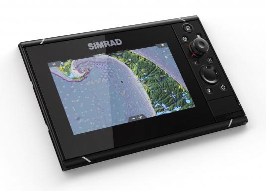 Navigieren, Kontrolle übernehmen und die enorme Funktionsvielfalt optimal ausnutzen – mit NSS evo3. Die SolarMAX™ HD-Anzeigetechnologie bietet ein außergewöhnlich klares Bild und extrem weite Sichtwinkel. Dank allwettertauglichem Touchscreen und erweitertem Tastenfeld behalten Sie unter allen Bedingungen die volle Kontrolle. Lieferung inklusive 4G Breitband Radar. (Bild 14 von 17)