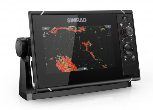 Navigieren, Kontrolle übernehmen und die enorme Funktionsvielfalt optimal ausnutzen – mit NSS evo3. Die SolarMAX™ HD-Anzeigetechnologie bietet ein außergewöhnlich klares Bild und extrem weite Sichtwinkel. Dank allwettertauglichem Touchscreen und erweitertem Tastenfeld behalten Sie unter allen Bedingungen die volle Kontrolle. Lieferung inklusive 4G Breitband Radar. (Bild 4 von 17)