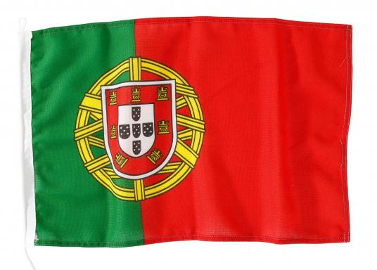 Robuste Nylon-Flaggen mit offiziellem Landesflaggen-Druck: Portugal. Hochwertige Verarbeitung mit 100%-Durchdruck, schnelle und einfache Befestigung.Ideal für die Verwendung als Länder- und Gastlandflagge.