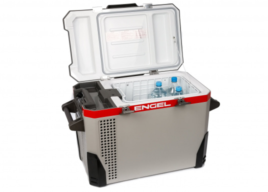 The ENGEL MR040 cooler is equipped with a powerful compressor for all types of applications. (Image 2 of 14)