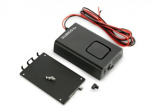 Die Wechselrichter der SinePower DSP Serie liefern eine reine Sinusspannung, die selbst empfindliche 230-Volt-Geräte, wie zum Beispiel Fernseher, optimal versorgt. (Bild 4 von 14)