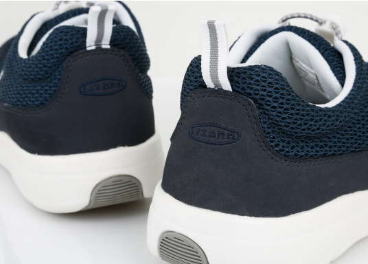 Ein superleichter Boots-Sneaker mit der Gummi Grip Sohlen Technologie von LIZARD bietet hervorragenden Halt auf jeder Oberfläche. Material: Mesh, Mikrofaser. Farbe: blau (Bild 10 von 13)