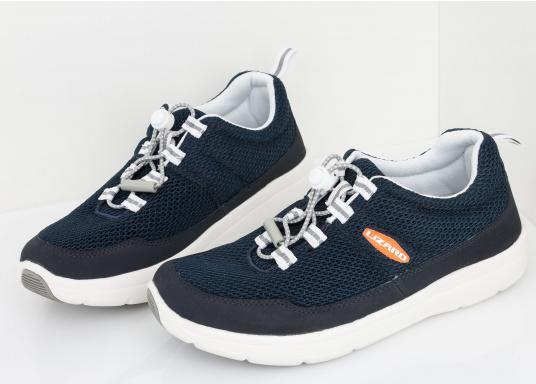 Ein superleichter Boots-Sneaker mit der Gummi Grip Sohlen Technologie von LIZARD bietet hervorragenden Halt auf jeder Oberfläche. Material: Mesh, Mikrofaser. Farbe: blau (Bild 11 von 13)