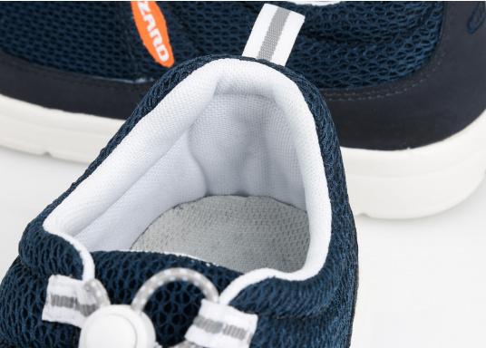 Ein superleichter Boots-Sneaker mit der Gummi Grip Sohlen Technologie von LIZARD bietet hervorragenden Halt auf jeder Oberfläche. Material: Mesh, Mikrofaser. Farbe: blau (Bild 12 von 13)