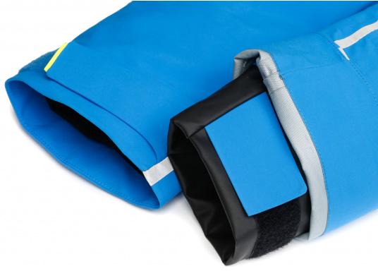 Die Jacke, die dem Offshore-Segler wirklich entspricht. Mit hochstellbarem Kragen und völlig verschließbarer Kapuze. MPX GORE-TEX®Pro steht für das beste Material für anspruchsvolle Segler. (Bild 8 von 12)