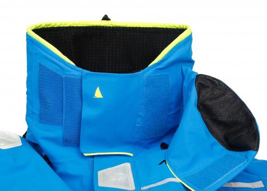 Die Jacke, die dem Offshore-Segler wirklich entspricht. Mit hochstellbarem Kragen und völlig verschließbarer Kapuze. MPX GORE-TEX®Pro steht für das beste Material für anspruchsvolle Segler. (Bild 5 von 12)