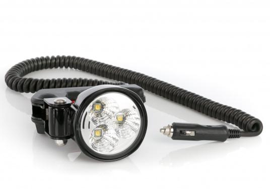 Mit dem kompakten und leistungsstarken Hella Marine Hochleistungs-Hand-Suchscheinwerfer steht Ihnen ein unverzichtbares Hilfsmittel zur Seite, welches Nachtfahrten und Anlegemanöver extrem erleichtert. Der Handscheinwerfer überzeugt mit seiner großen Helligkeit. Aus einem dreifach 10-Watt-LED-Chipsatz generiert er 2500 Lumen neutralweißes Licht. Stromaufnahme 36 Watt @ 12 Volt. (Bild 4 von 9)