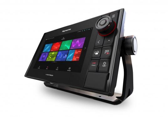 Spezial für Skipper entwickelt, die alles in einem Display haben wollen. Ausgestattet mit einem ultra-schnellen Quad-Core-Prozessor, einem superhellen IPS-Display und der intelligenten LightHouse Bedienoberfläche - für ein reibungsloses und intuitives Navigationserlebnis. Der AXIOM PRO-S Display ist ausgestattet mit demReal Vision™ 3D-Sonar und 1kW CHIRP-Sonar. (Bild 4 von 11)