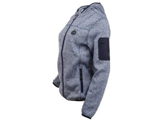 Tolle Fleecejacke für Damen mit kuschelweicher Innenseite. Der Fleece hat elastische Bündchen am Saum, zwei Seitentaschen mit Reißverschluss und eine weitere Reißverschlusstasche am Oberarm. (Bild 3 von 14)