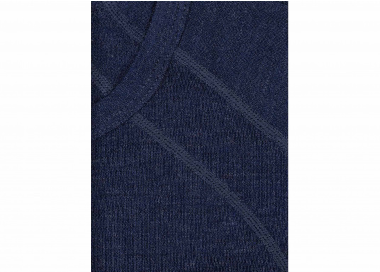 Functional shirt made of 100% wool (Merino wool) with flat seams. For comfort, the shirt has a raglan sleeve. The merino wool does not scratch and the clothing is odor resistant.  (Image 5 of 5)