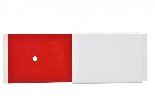 Panneau pour marquer votre place au ponton Il évite que des bateaux de passage ne viennent s'amarrer à votre place. Passer facilement du vert au rouge, il est clairement visible de loin. Livré sans la visserie. (Image 3 de 4)