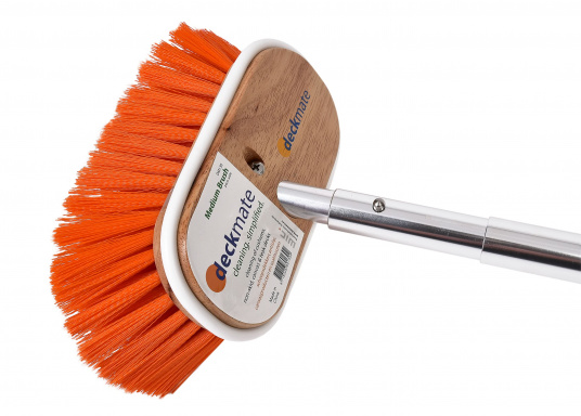 Medium strength deck brush for cleaning non-slip surfaces, hardwood decks and sails. Suitable for the telescopic scrubbing handle by DECKMATE. (Imagen 2 of 3)