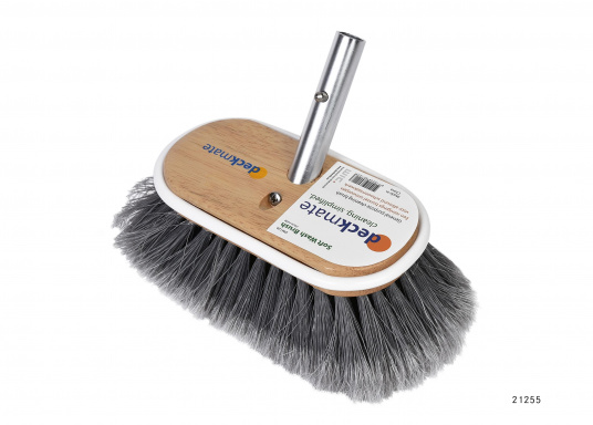 Cleaning brush for every kind of cleaning work. Perfect for all-around use in the maritime and caravan sector. Fits the telescopic scrubbing handle by DECKMATE.
