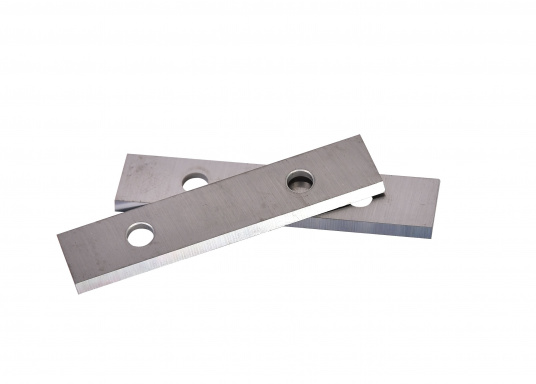 Matching spare blades for the SCRAPER paint scraper. Delivery includes two blades. Width of the blades: 50 mm.