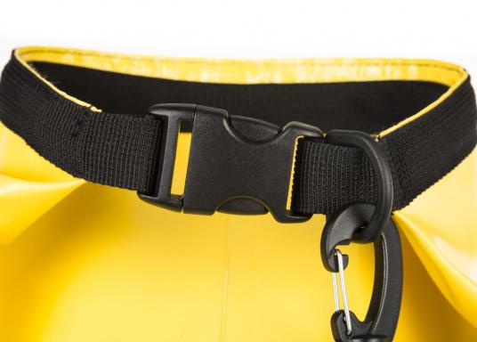 Wasserdichter Seesack aus hochwertigem PVC mit abnehmbaren Schultergurt. Rollschließmechanismus mit Clipverschluss. Ideal zum Schutz von persönlichen Wertgegenständen. (Bild 2 von 4)