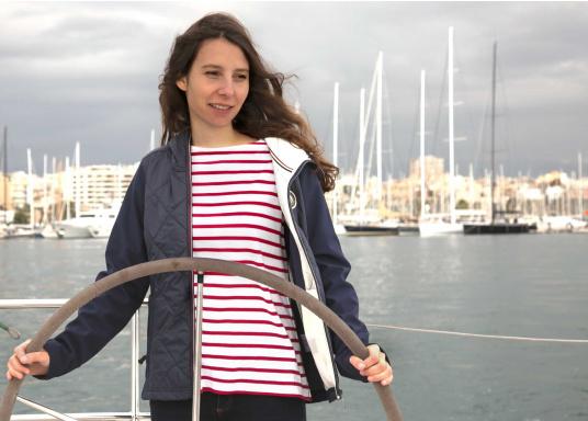Gestreiftes Bretonisches Damen-Shirt mit Langarm und U-Boot Halsausschnitt. Mit seitlich geschlitztem Bund. Durch die elastisch gewirkte Baumwolle ist das Shirt sehr angenehm auf der Haut zu tragen. (Bild 7 von 7)