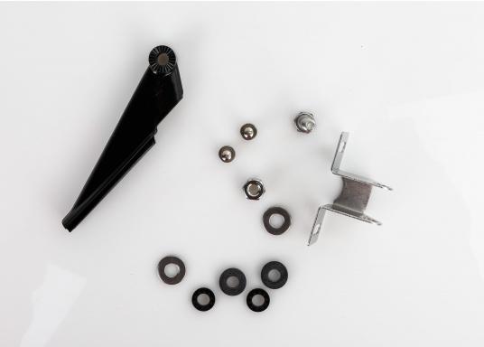 Der HDI Fischfinder-Heckgeber vereint die herkömmlichen Echolot-Frequenzen 83/200 kHz mit den DownScan-Frequenzen 455/800 kHz in einem Gerät, um eine bestmögliche Aufnahme der Unterwasserwelt zu gewährleisten. Mit Temperatur-Sensor. Inklusive Halterung und 6 m Anschlusskabel mit schwarzem 9-Pin-Stecker. (Bild 3 von 4)
