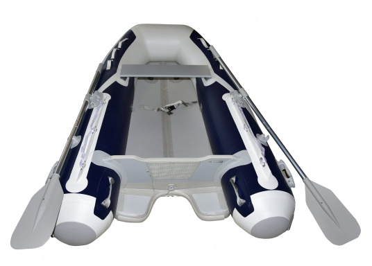 The new SEATEC AEROTEND 310 yacht tender combines all the advantages of slatted bottom boats and rigid inflatable boats in to one: a stable hull, very good handling characteristics, low weight and high load capacity. (Image 4 of 15)