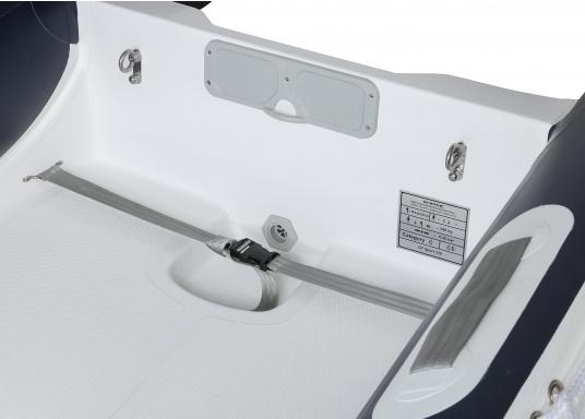 Prestazioni, sicurezza e comfort: il gommone a chiglia rigida da SEATEC modello GT SPORT 330 è il prodotto per tutti i veri amanti degli sport acquatici. Sia che si tratta dipesca, di escursioni o diimmersioni- lo SPORT GT 330 offre le migliori condizioni! (Immagine 8 di 10)