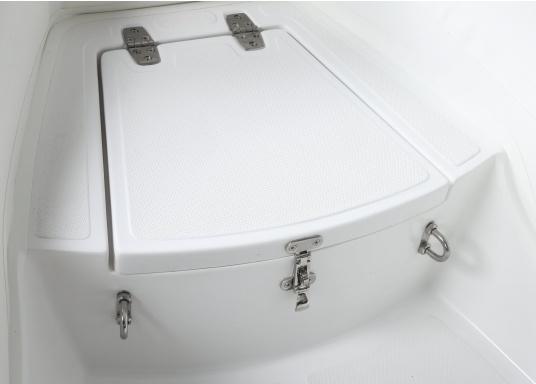 Prestazioni, sicurezza e comfort: il gommone a chiglia rigida da SEATEC modello GT SPORT 330 è il prodotto per tutti i veri amanti degli sport acquatici. Sia che si tratta dipesca, di escursioni o diimmersioni- lo SPORT GT 330 offre le migliori condizioni! (Immagine 6 di 10)