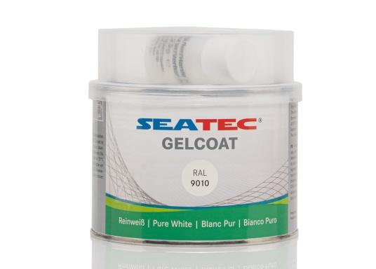 Das SEATEC Gelcoat ist ein zwei komponentiges Polyester Gelcoat mit MEKP-Härter. Es bildet eine wasserbeständige Deckschicht auf GFK-Beschichtungen und Polyester-Spachtelschichten.