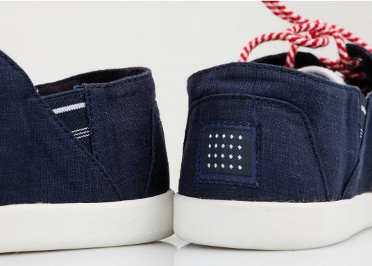 Modischer Canvas Damenschuh der Marke TBS in der Farbe marine blau. Der Schuh ist äußerst komfortabel zu tragen und passt sich dank des geschmeidigen Materials optimal an die Fußform an. (Bild 9 von 12)