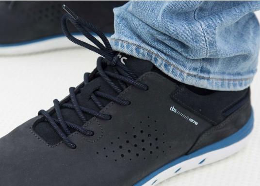 Der sportliche TBS-Sneaker MAHANI ist sehr bequem zu tragen und gewährleistet jederzeit einen sicheren Halt an Deck. (Bild 8 von 9)