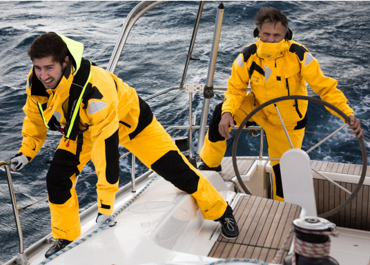 High-quality offshore sailing jacket and pants made of 3-layer fabric with an XPU membrane. Waterproof with Tizip® / MasterSeal® zippers. (Afbeelding 5 of 21)