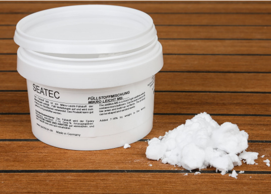 Micro lightweight filler with microspheres. Fills recesses and is used to strengthen surfaces. Can be easily formed and sanded. Content: 20 g.