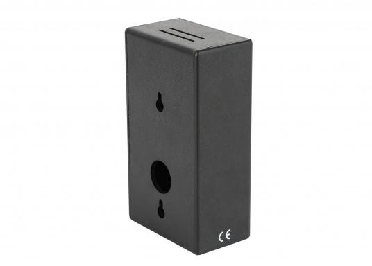Gasdetektoren gehören mit zu den wichtigsten Teilen der Sicherheitsausrüstung an Bord. Die PILOT Gasdetektoren gewährleisten eine zuverlässige Erkennung von LPG-Gas (Flüssiggas). Im Lieferumfang sind zwei Gassensoren mit ca 3,5 m Anschlusskabel enthalten. (Bild 5 von 6)