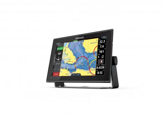 """Das neue 12"""" Kartenplotter-Navigationsdisplay GO12 XSEvon Simradbietet Ihnen eine Reihe von neuen Technologien. Durch einen integrierten GPS-Empfänger, drahtloser Konnektivität über WIFi,eine Vielzahl anAnschlussmöglichkeiten über das NMEA2000 Netzwerksystem und der Plug-and-Play Radarkompatibilität wird das Navigieren auch bei schlechten Bedingungen leicht gemacht. (Bild 2 von 4)"""