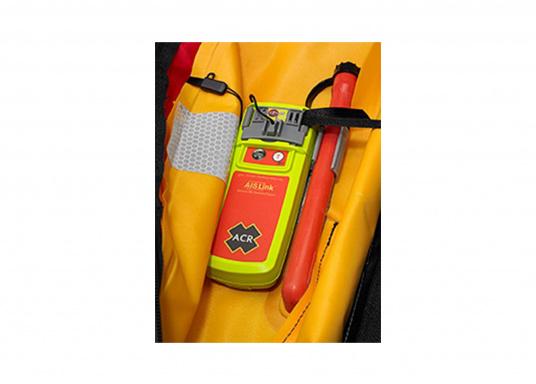 Der Notsender AISLink von ACR verfügt über eine integrierte DSC-, AIS- und GPS-Technologie, sodass Sie schnellstmöglich Hilfe anfordern können, wenn Sie diese am dringendsten benötigen. (Bild 7 von 10)