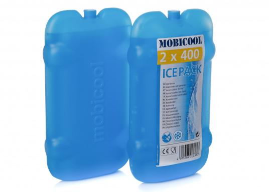 Die Kühlakkus von MOBICOOL bieten dank des hochqualitativen Kühlmittels eine sehr gute und langanhaltende Kühlleistung. Auslaufsicher und spülmaschinenfest, mit lebensmittelechter Kunststoffummantelung.