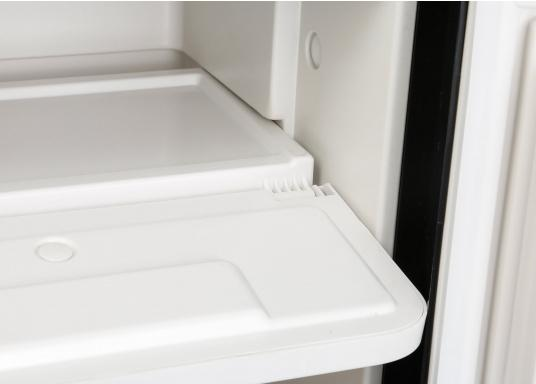 Innovative CRE-50 compressor refrigerator from DOMETIC. 2-in-1 solution with removable freezing compartment, which gives you more space to cool additional foodstuffs. Smart electronics control the speed of the compressor; as a result, energy consumption can be reduced by 25%.   (Image 8 of 10)